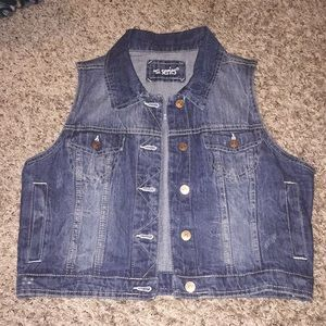 Jackets & Blazers - Distressed denim vest